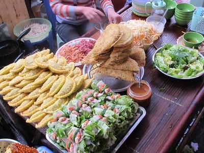 5 món ăn nhất định phải thử ở chợ đêm phố cổ Hà Nội