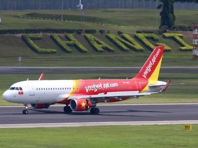 5 tháng, doanh thu vận chuyển hàng không của Vietjet ước đạt 8.352 tỷ đồng, tăng trưởng 44%