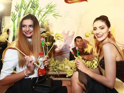 Gần 90 người đẹp thế giới thưởng lãm những nét văn hóa Việt Nam