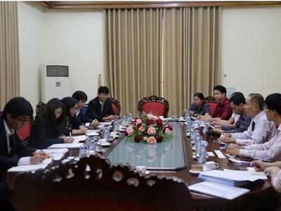 Bảo hiểm xã hội Việt Nam làm việc với đoàn nghiên cứu của IHEP