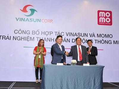 Vinasun bắt tay hợp tác với MoMo