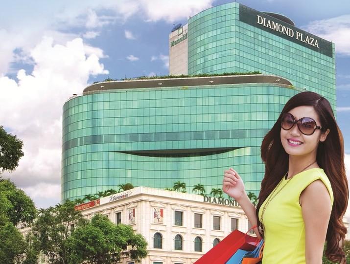 """Vietcombank triển khai chương trình """"Vip Party, Vip Offers"""" tại Diamond Department Store"""