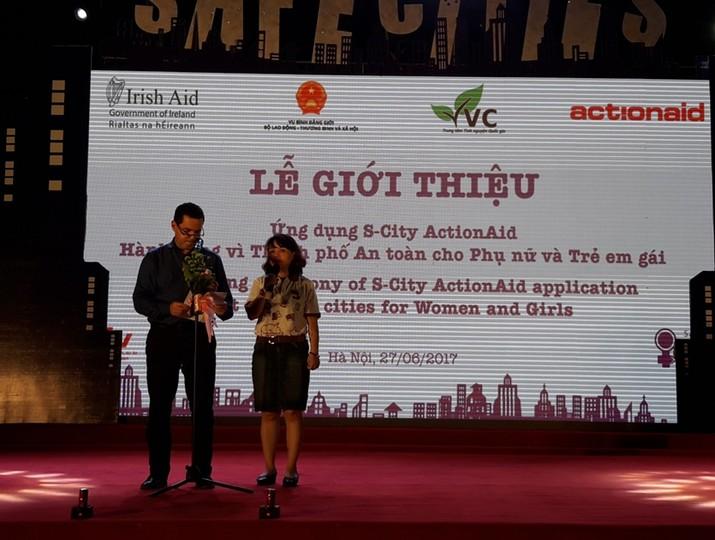 Hà Nội ra mắt ứng dụng S-City đánh giá và cảnh báo mức độ an toàn tại công cộng