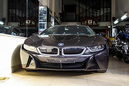 bmw-i8-rao-ban-5-ty-dong-o-viet-nam-page-2
