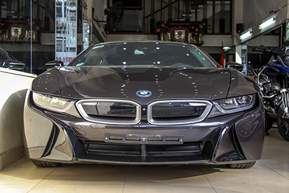 bmw-i8-rao-ban-5-ty-dong-o-viet-nam-page-2-1