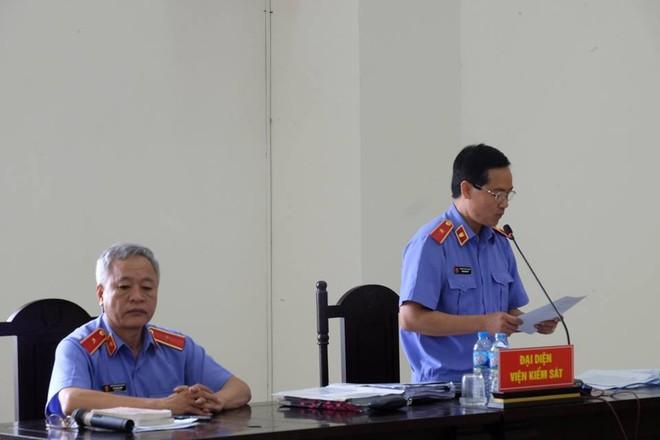 Đề nghị bác tất cả kháng cáo, y án 18 năm tù đối với bị cáo Đinh La Thăng