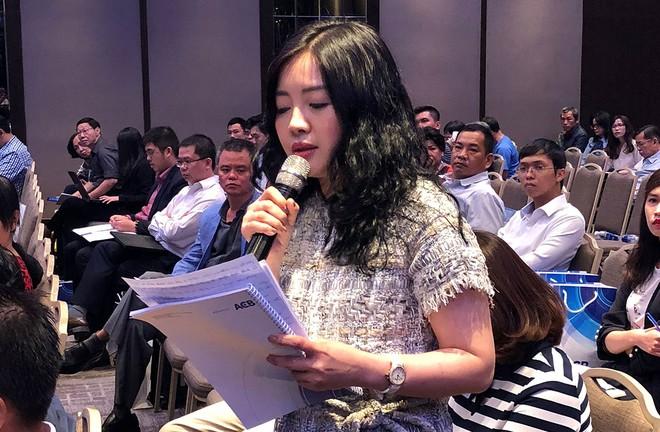 """Đại hội đồng cổ đông của ACB: Bà Đặng Ngọc Lan, vợ """"bầu"""" Kiên phản ứng mạnh"""