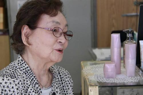 Những người Nhật hơn 80 tuổi vẫn đi làm