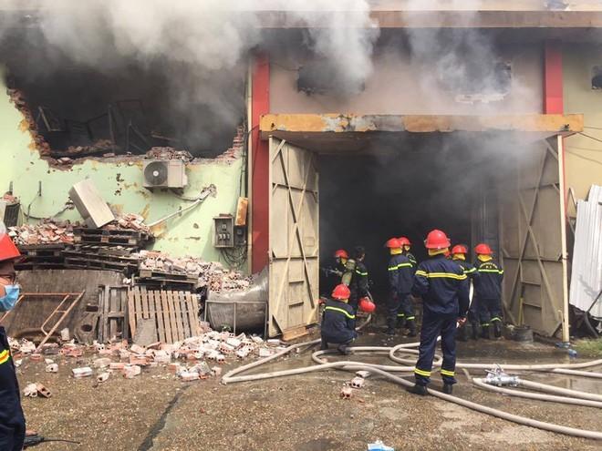 Cháy kho hàng ở Cảng Hà Nội