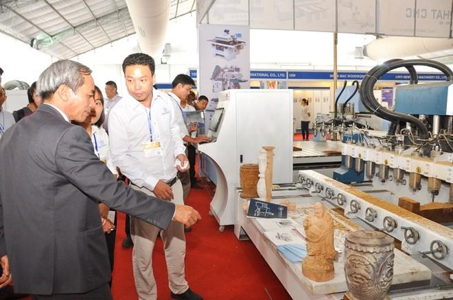 320 doanh nghiệp tham dự triển lãm chuyên ngành gỗ lớn nhất Việt Nam tại TP. HCM