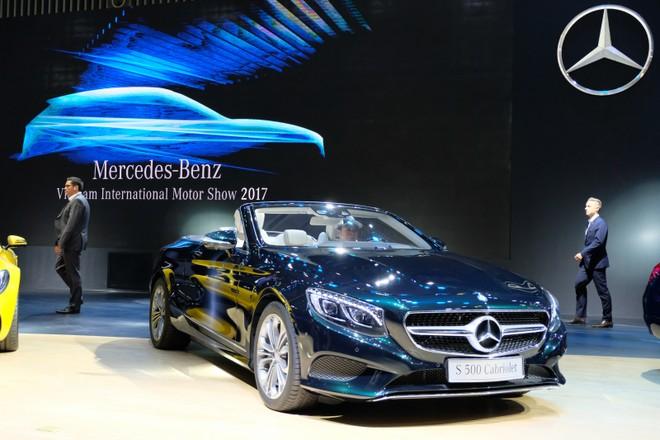 Hình ảnh đầu tiên về 100 mẫu xe tại triển lãm ôtô nhập khẩu