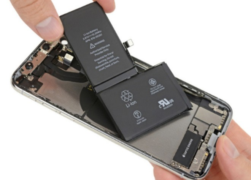 iPhone X có pin kém xa iPhone 8 Plus