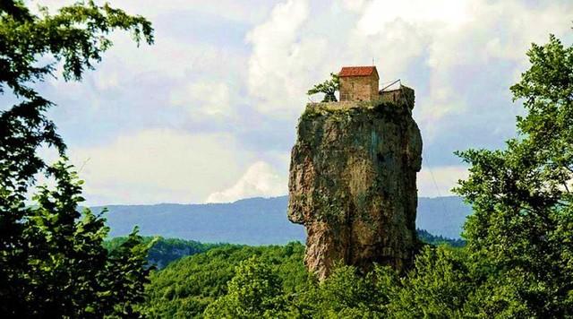 'Cột đá của Sự sống'