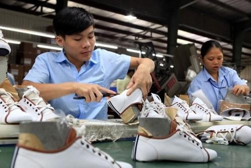 Việt Nam xuất hơn một tỷ đôi giày năm 2017