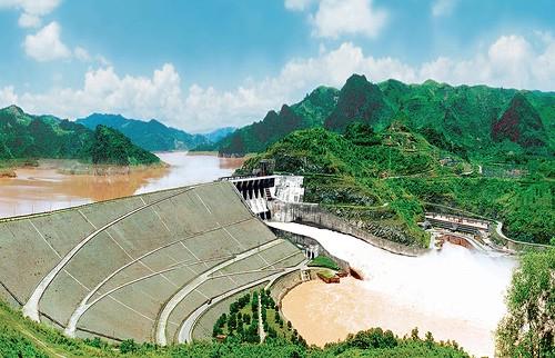 Đầu tư 8.600 tỷ đồng xây dựng Dự án nhà máy thủy điện Hòa Bình mở rộng