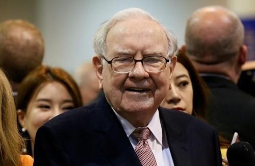 Warren Buffett: Giàu gấp đôi cũng không giúp bạn hạnh phúc hơn