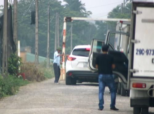 Người dân tự dựng barie thu phí ôtô trên đường liên xã ở Hải Phòng
