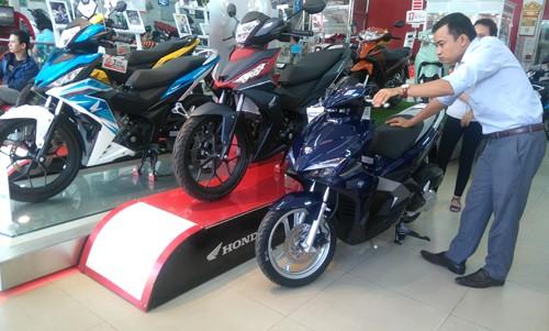 Người Việt mua gần 9.000 xe máy mỗi ngày