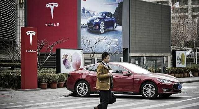Tesla tính chuyện sản xuất ô tô điện tại thị trường khổng lồ Trung Quốc