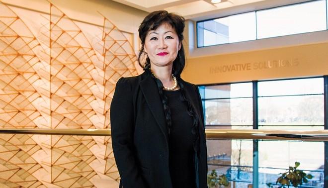 Nữ tỷ phú bí ẩn của công ty IT hàng đầu tại Mỹ
