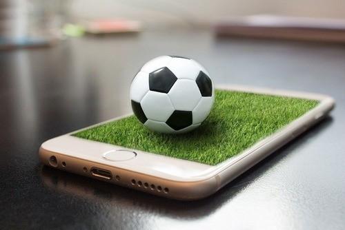 Mỹ khuyên khách đến Nga xem World Cup cất điện thoại ở nhà
