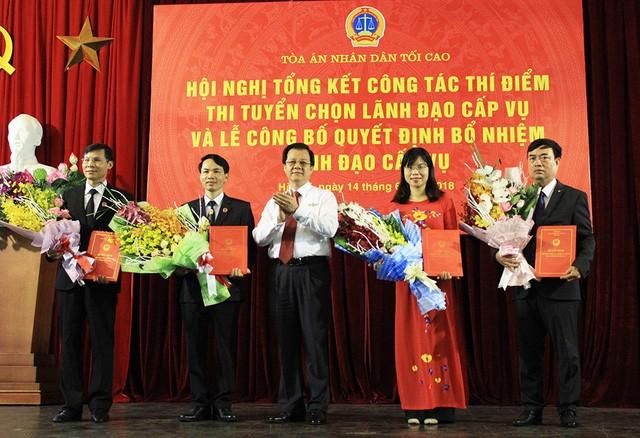 Toà án nhân dân tối cao bổ nhiệm 1 Vụ trưởng và 3 Phó Vụ trưởng sau thi tuyển