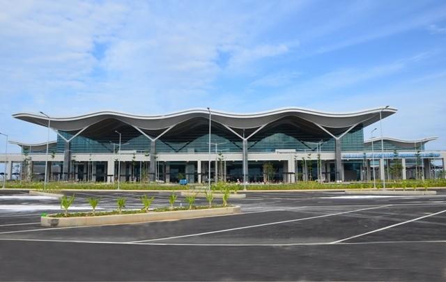 """Hé lộ hình ảnh sân bay """"Tổ Yến"""" ở Cam Ranh do ông Johnathan Hạnh Nguyễn đầu tư"""