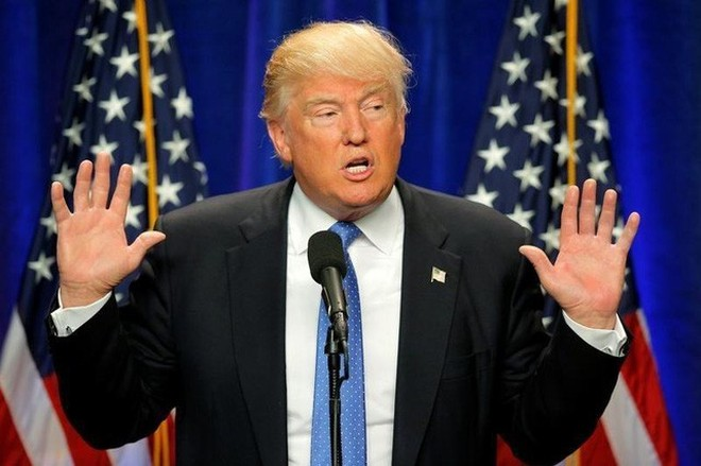 """Ông Trump tuyên bố không để Mỹ thành """"trại tị nạn"""""""