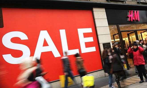 H&M đang tồn kho 4 tỷ USD quần áo