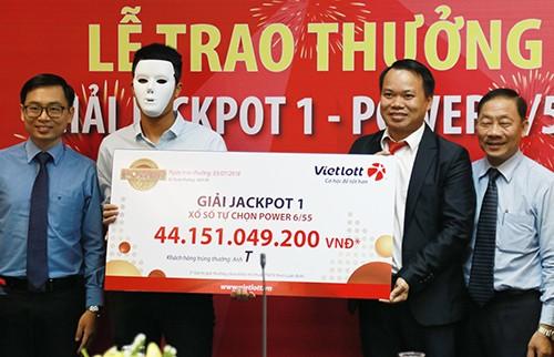 Thợ xây ở Quảng Bình trúng Vietlott hơn 44 tỷ