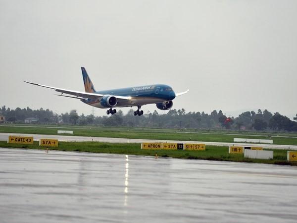 Một số chuyến bay từ Việt Nam đi Hàn Quốc, Nhật Bản phải hoãn do bão