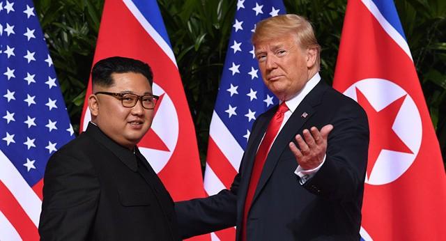 Ông Trump muốn gửi tặng món quà bí mật cho ông Kim Jong-un