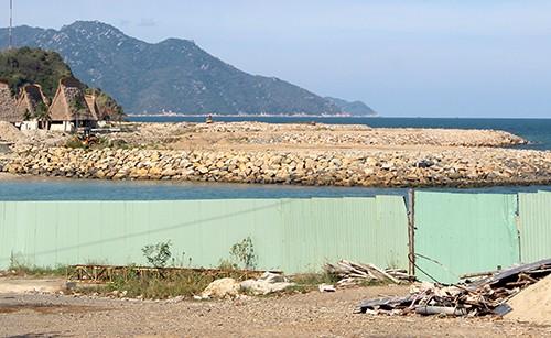 Dự án du lịch cao cấp lấp vịnh Nha Trang hơn 17.000 m2 bị phạt 105 triệu đồng