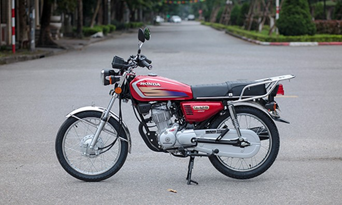 Honda CG125 - 'xe Win kiểu mới' đầu tiên về Việt Nam