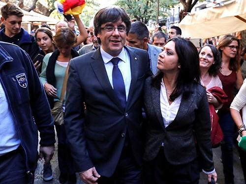 Cựu thủ hiến Catalonia có thể tranh cử từ nước ngoài