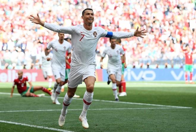 Bồ Đào Nha 1-0 Morocco: Ronaldo tiếp tục 'gánh team'