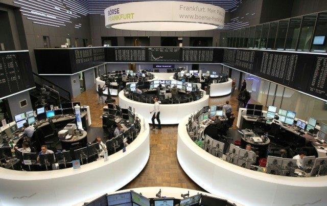 Giới đầu tư hân hoan với quyết định của ECB