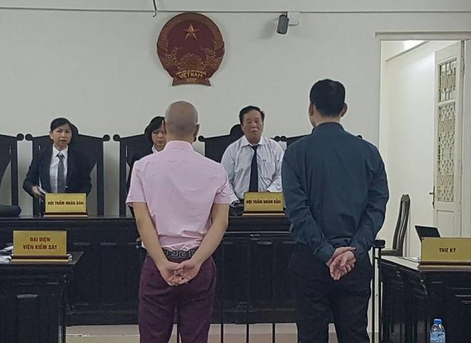 Giám đốc người Nhật buôn lậu 7 pho tượng vàng lĩnh án 10 năm tù