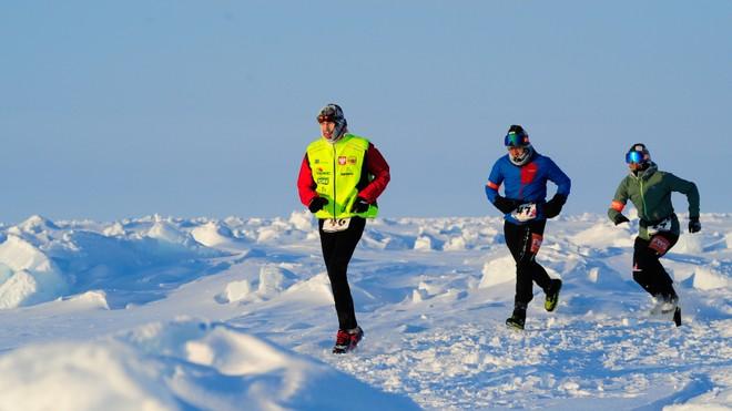 FWD tài trợ cho người phụ nữ Việt Nam đầu tiên tham gia Cuộc thi Marathon Bắc Cực 2018
