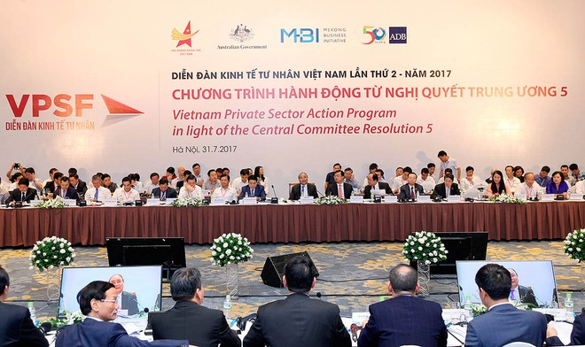 Thủ tướng Chính phủ đối thoại với doanh nghiệp tư nhân: Chúng tôi muốn lắng nghe các bạn