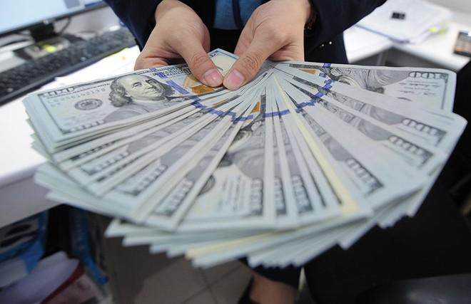 Cần xem xét lộ trình tăng lãi suất USD