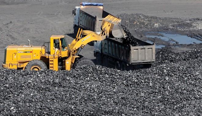 Doanh nghiệp ngành than: Vừa phục hồi vừa lo