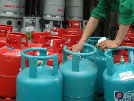 Giá gas tăng 16.000 đồng/bình 12 kg