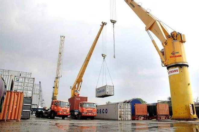 Xuất khẩu năm 2017 dự báo cán mốc 200 tỷ USD