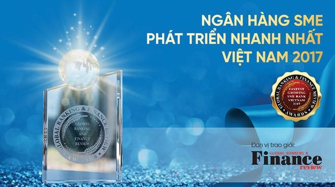 VietinBank nhận giải Ngân hàng SME phát triển nhanh nhất Việt Nam 2017