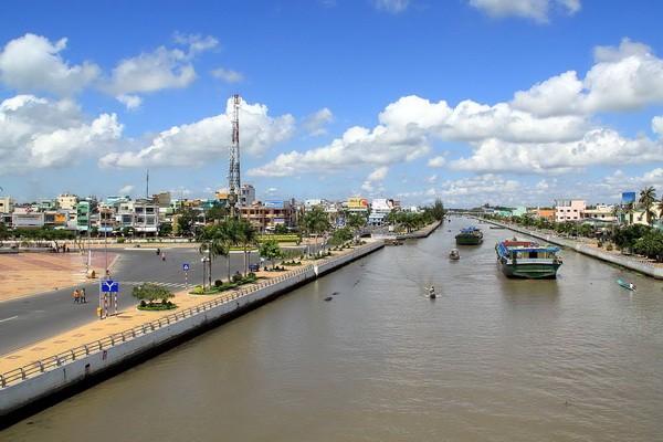 Thủ tướng Nguyễn Xuân Phúc: Hậu Giang cần phát triển nền nông nghiệp thông minh
