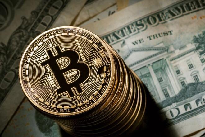 Bitcoin vượt ngưỡng 10.000 USD, sức hấp dẫn khó chối từ