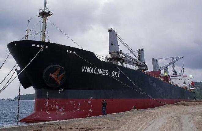 Vinalines nói gì về việc hạ giá bán khởi điểm tàu Vinalines Sky