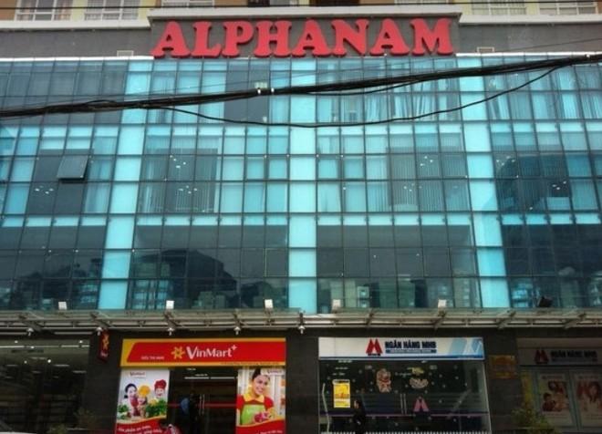 """Alphanam """"hé sáng"""" sau 4 năm hủy niêm yết"""