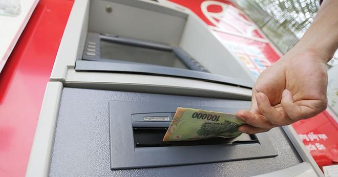 Tăng cảnh báo rủi ro giao dịch tài khoản ngân hàng